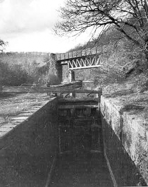 Bridge over Canal between Longwood Dr and M4